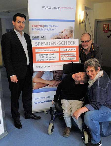 Soziale Projekte - Spendenübergabe an St. Konrad